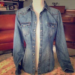 H&M denim shirt size 6 (runs small)